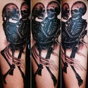 Kurt Wiscombe skeleton love tattoo picture