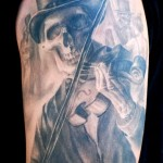 Carlos Torres skeleton tattoo picture